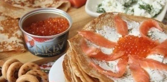 Блинный пирог «Масленица» с красной икрой кулинарный рецепт