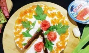 Блинный торт с форелью и красной икрой кулинарный рецепт