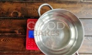 Брусничный влажный зефир без сахара рецепт шаг 3