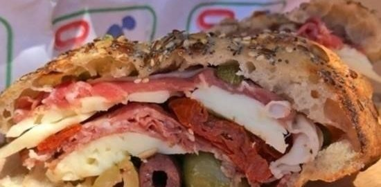 Бутерброд «Генуя» с каперсами и пармской ветчиной кулинарный рецепт