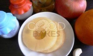 Фрукты на гриле (гарнир к шашлыкам) рецепт шаг 1