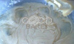 Йогуртовый пирог с клубникой рецепт шаг 5