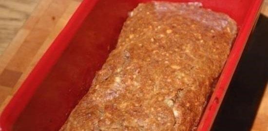 Миндально-банановый хлеб с льняными семечками кулинарный рецепт