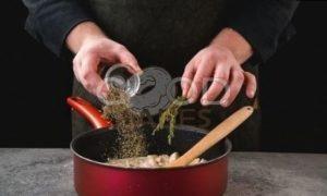 Пенне с курицей и сливочным соусом рецепт шаг 6