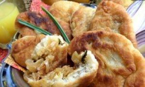 Пирожки с капустой в сковороде кулинарный рецепт