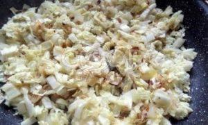 Пирожки с капустой в сковороде рецепт шаг 15