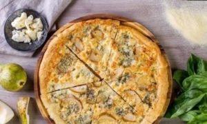 Пицца с грушей и горгонзолой кулинарный рецепт