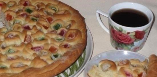Постный пирог с мармеладом и яблоками кулинарный рецепт