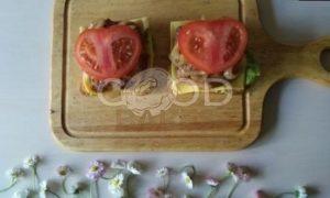 Сэндвич с карамелизированным луком рецепт шаг 12
