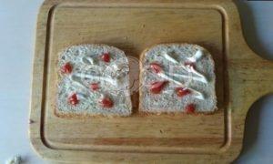 Сэндвич с карамелизированным луком рецепт шаг 7