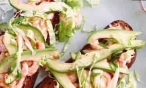 Сэндвич с креветками кулинарный рецепт