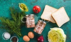 Сэндвич с овощами и тунцом рецепт шаг 1