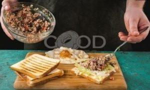 Сэндвич с овощами и тунцом рецепт шаг 7