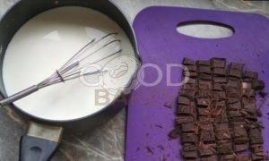 Шоколадный пудинг с амаретто рецепт шаг 1