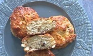 Сконы с грецкими орехами и сыром кулинарный рецепт