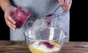 Свекольные блинчики с творожной начинкой рецепт шаг 5