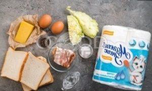 Тосты с беконом и яйцом пашот рецепт шаг 1