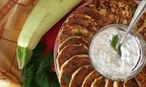Творожно-кабачковые оладьи кулинарный рецепт