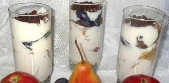 Творожно-сметанный десерт с фруктами кулинарный рецепт
