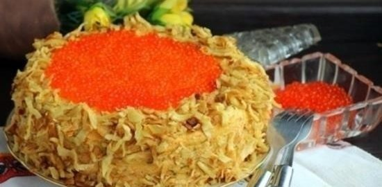 Закусочный торт с крабово-креветочным муссом под икорной шапкой кулинарный рецепт