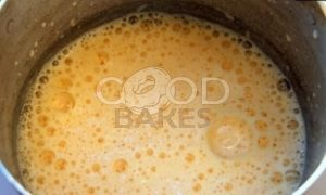 Закусочный торт с крабово-креветочным муссом под икорной шапкой рецепт шаг 1