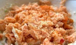 Блины с творожно-рыбной начинкой и икрой рецепт шаг 15