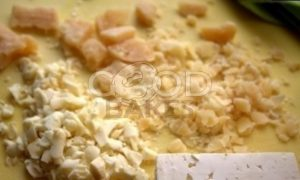 Блины с творожно-рыбной начинкой и икрой рецепт шаг 8