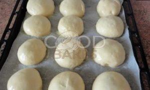 Булочки с вишней и орехами рецепт шаг 8