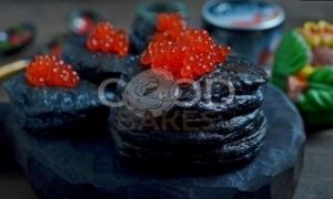 Черные оладьи с красной икрой рецепт шаг 10