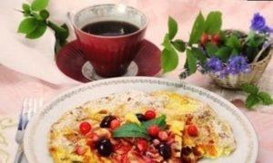 Ягодный омлет кулинарный рецепт