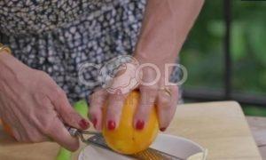 Куриные колбаски с пряным маслом и гренками рецепт шаг 5
