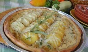 Луковый пирог с картофелем кулинарный рецепт