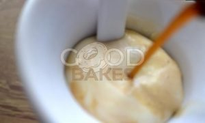 Мороженое «Кофе с бальзамом и сливками» рецепт шаг 5