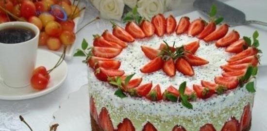 Муссовый торт «Фисташка-клубника» кулинарный рецепт