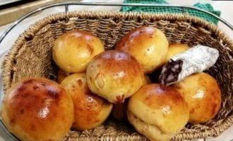 Булочки с сыром и чоризо кулинарный рецепт