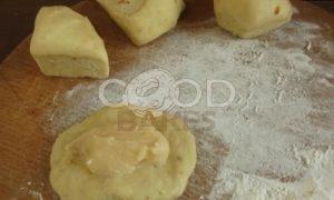 Булочки с заварным кремом на малиново-яблочной подушке рецепт шаг 13