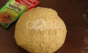 Булочки с заварным кремом на малиново-яблочной подушке рецепт шаг 6