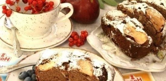 Черемуховый кекс с яблоками кулинарный рецепт