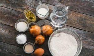 Домашний луковый хлеб рецепт шаг 1