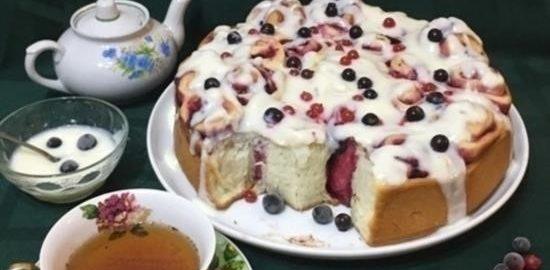 Пирог «Смородиновые завитки» кулинарный рецепт