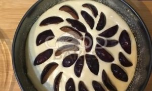 Сливовый заливной пирог рецепт шаг 7