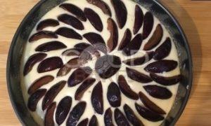 Сливовый заливной пирог рецепт шаг 8