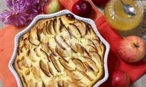 Творожная запеканка с яблоками рецепт шаг 10