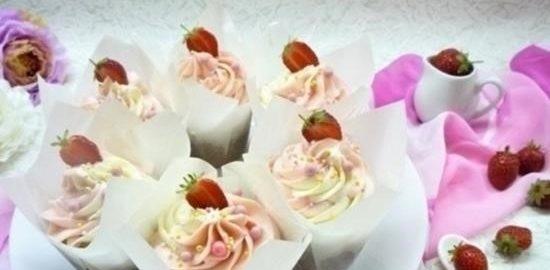 Ванильные капкейки с ягодным конфитюром кулинарный рецепт