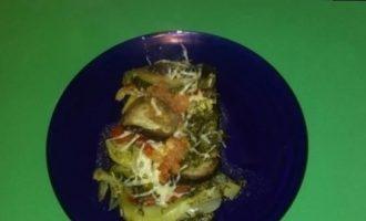 Рататуй из овощей под сырной корочкой кулинарный рецепт