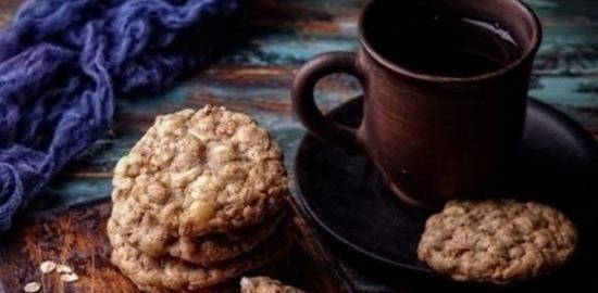 Овсяное печенье с изюмом, корицей и белым шоколадом кулинарный рецепт