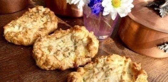 Пирожки «Плаксы с курочкой» кулинарный рецепт