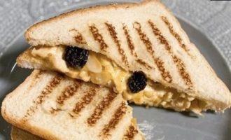 Сэндвич с курицей, карри и манго чатни кулинарный рецепт