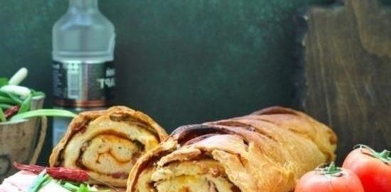 Хлеб-рулет с копченым салом и зеленым луком кулинарный рецепт
