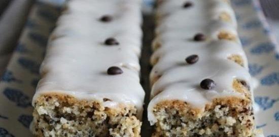 Миндальные кексы с шоколадом, маком и лимоном кулинарный рецепт
